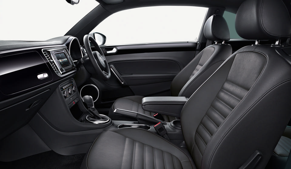 Volkswagen Beetle NF interior view front seats