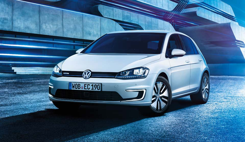 Volkswagen e-Golf large exterior view front