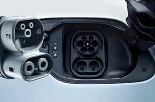 Volkswagen e-Golf exterior view charger port thumbnail