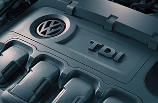 Volkswagen Passat Estate VIII interior view engine large thumbnail
