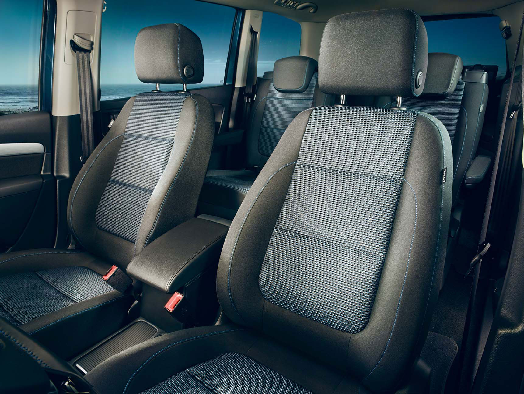 Volkswagen Sharan FL interior view front seats