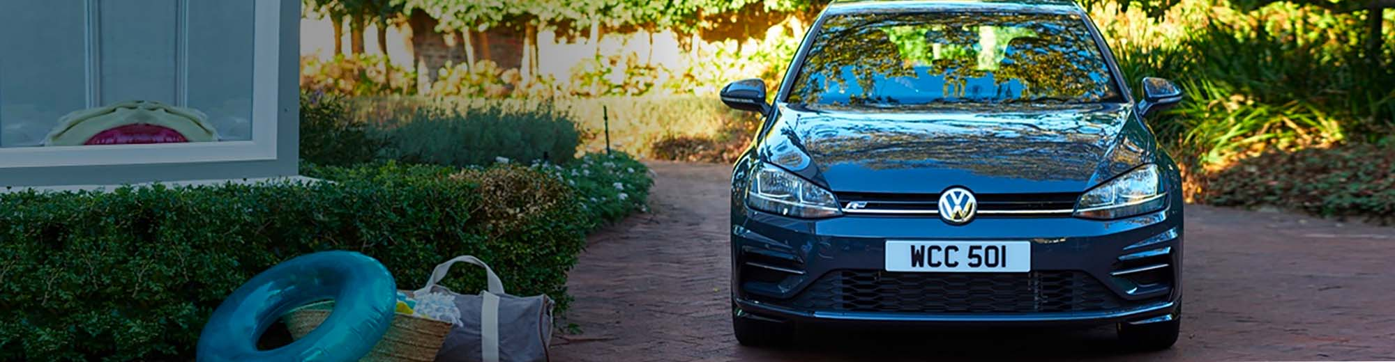 Golf R-Line in Urano Grey