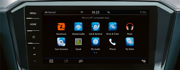 App-Connect on the Passat Estate's dashboard