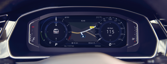 The high resolution Active Info Display of the new Passat
