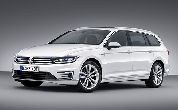 Passat Estate GTE Showroom