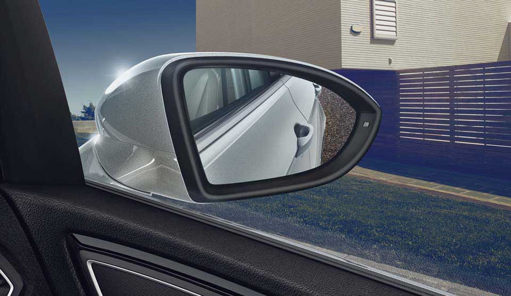 Used Golf SV - wing mirror